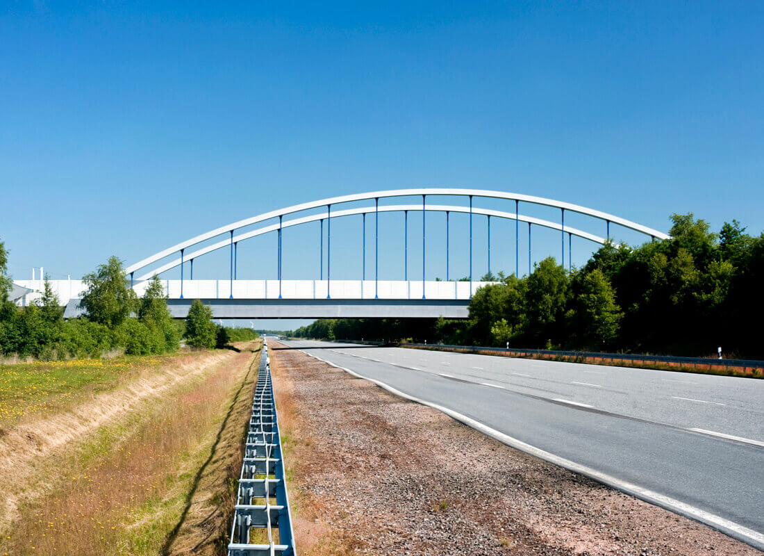 Bau von zwei Stahlbetonbrücken über die ATP Mercedes Teststrecke in Papenburg